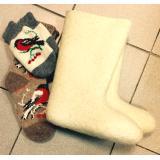 Купить валенки и вязанные носки и варежки